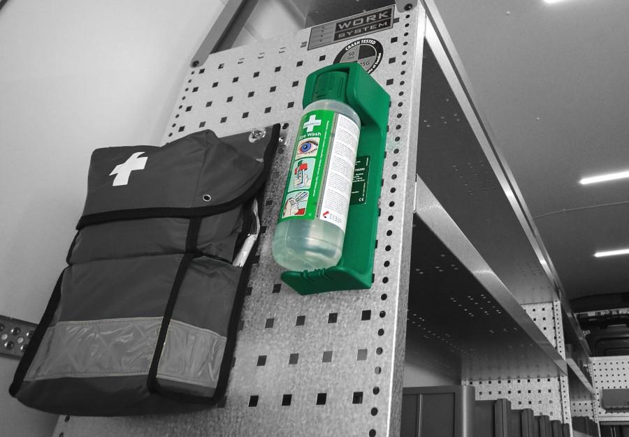Produkte der Kategorie Sicherheit, z.B. Diebstahlschutz, Alarmanlagen und Feuerlöscher für Ihren Transporter