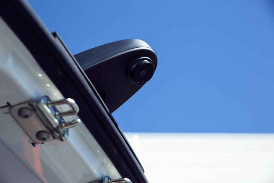 Rückfahrkameras und -sensoren von Work System